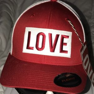 WHITE RED ❤️LOVE THE HAT ❤️ VIP LIMITED EDITION